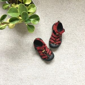 Red child's Newport H2 Keen sports sandals